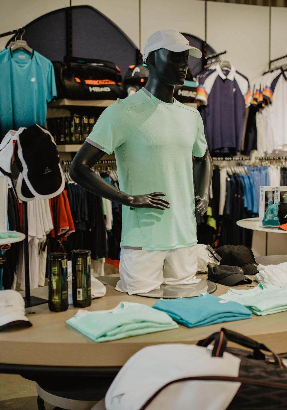 Tenniskleidung bei INTERSPORT Stöcker